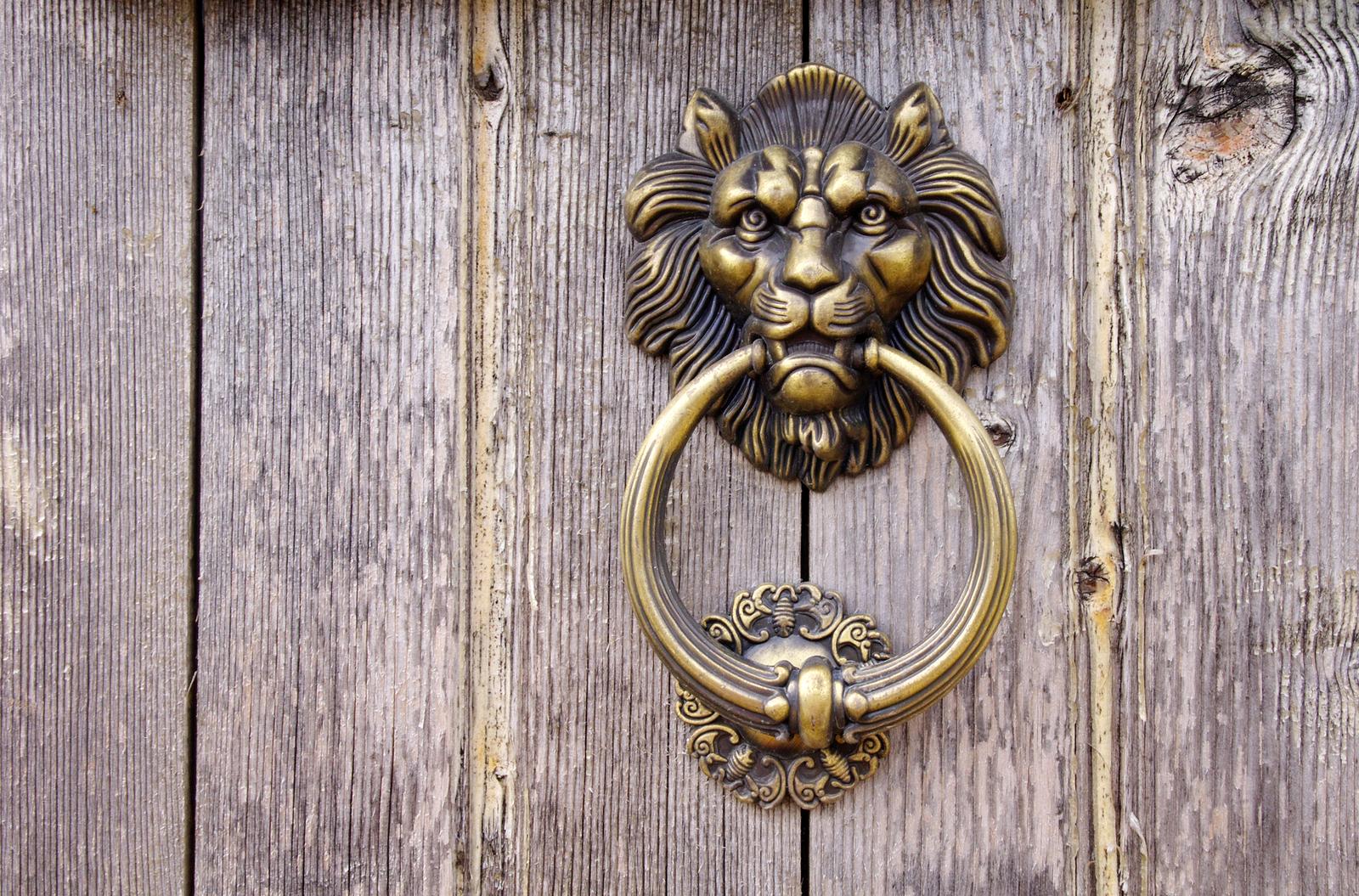 Brass makes a glamorous comeback in interior design